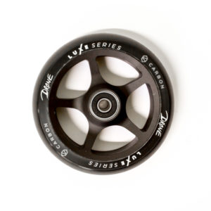 Drone-Luxe-Series-Wheel-Carbon-Black